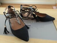 River Island Strapped Flat Shoes *LIKE NEW*