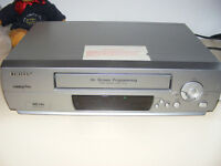 VHS VIDEO RECORDER PLAYER Orion TWIN SPEED - FRONT LOADING - LIGHTWEIGHT With Remote