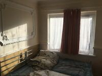 BEAUTIFUL 4 BED HOUSE IN CENTRAL PARK EAST HAM (DSS WELCOME)