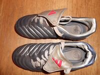 ADIDAS FOOTBALL BOOTS uk size 3 EU 35.5 silver and blue £15