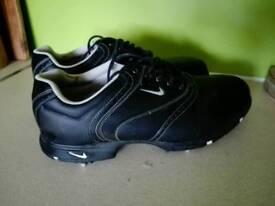Nike - Size 9