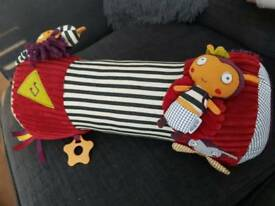 Mamas and papas tummy time toy