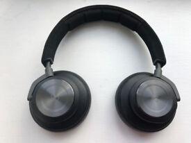 Bang & Olufsen Beoplay H9 Wireless/Wired Headphones in excellent condition (+ still under warranty)