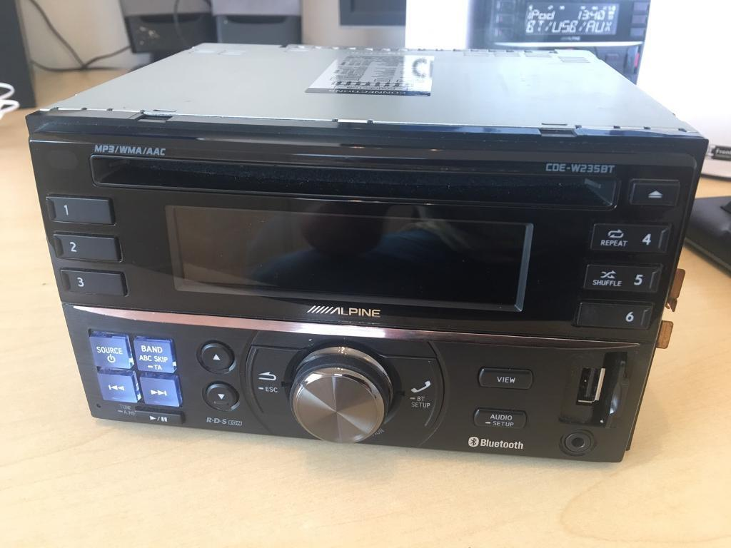 Alpine 2-DIN CD Receiver with advanced Bluetooth CDE-W235BT