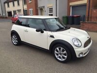 MINI 1.6 ONE 3DR 2010! EXCELLENT CONDITION! 12 MONTHS MOT! 43K MILES! DRIVES LIKE NEW!!!