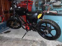 Kawasaki gpz305 chop , bobber , project