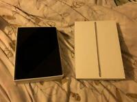 APPLE IPAD PRO 128GB IMMACULATE CONDITION