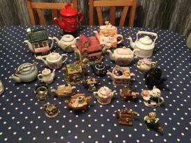 Job lot of Tea Pots