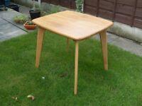 Oak retro scandi dining table small 2-4 person