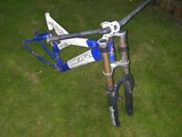 "Claud Buttler ""ARC 1000"" front and rear suspension mountain bike FRAME and handlebars"
