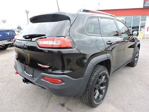 2016 Jeep Cherokee TRAILHAWK, TOIT OUVRANT PANO, TEMPS FROID, RE West Island Greater Montréal image 6