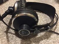 AKG K171 MK2 Studio / DJ headphones
