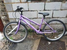 Ladies Mountain bike 26 wheel