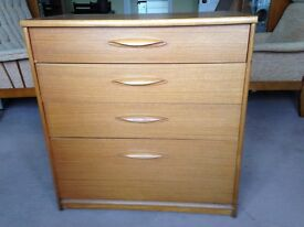 Chest of drawers 4 drawers as new