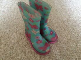 Girls wellies size infant 7