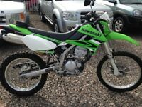 KAWASAKI KLX250 S9F STUNNING EXAMPLE ONLY 750 MILES FROM NEW ,FSH ,2 KEYS