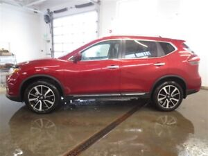2018 Nissan Rogue Platinum! Reserve Interior! Loaded w/ Safety!