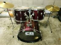 CB Drum Kit (Immaculate) inc Hardware & Cymbals