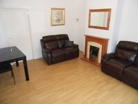 Well presented, good sized, 2 double bedroom house to rent in quiet street street Boghall, Bathgate