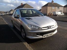 1.4 Peugot 206. LOW MILEAGE!