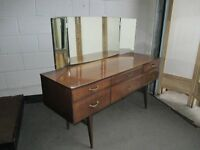 VINTAGE MEREDEW RETRO HIGH GLOSS SIX DRAWER DRESSING TABLE WITH TRIPLE MIRROR FREE DELIVERY
