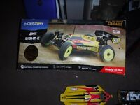 RC LOSSI 8IGHT-E ELECTRIC/NITRO RADIO CONTROLLED 4WD RTR URGENT SALE RC LIPO