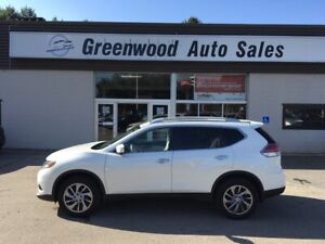 2015 Nissan Rogue SL - Navi, BackUp Cam, Leather,  PanoRoof