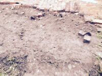FREE TOP SOIL VERY GOOD QUALITY IN GARDEN EASY ACCESS, NO RUBBISH OR STONES,PLENTY OF SOIL.