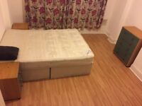 A Large Room to Rent in Tooting , London