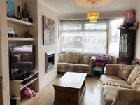 Large 3 Bedroom House In Bush Hill Park, EN1, Great Location, Private Parking & Garden