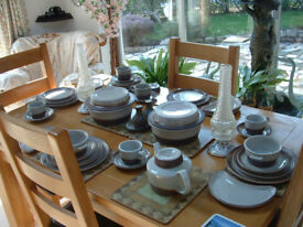 Little used set of Pubeck pottery in perfect condition.