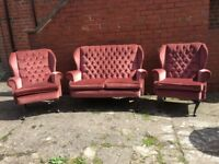 DRALON FABRIC CHESTERFIELD QUEEN ANNE SUITE 2 SEATER AND 2 CHAIRS CAN DELIVER £150 FREE LOCAL DELIVE