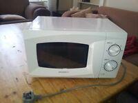 Daewoo KOR6L15 Manual Microwave Oven, 700 Watt, 20 Litre - White