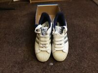 Adidas trainers size 8- like new.