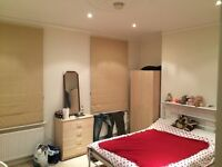 ***HAMMERSMITH-5 Min to TUBE, Spacious Lovely DOUBLE ROOM( ALL BILLS INC )***