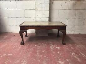 Vintage walnut Queen Anne coffee Table