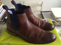 TED BAKER CAMROON BOOTS SIZE 10 BROWN Cost £150 proof of receipt sell for £40