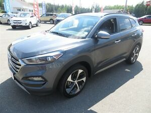 2017 Hyundai Tucson LEATHER, PANORAMIC SUNROOF, AWD, TURBO!