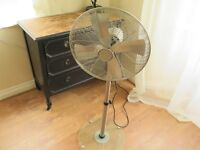 BIONAIRE stainless steel fan with glass stand