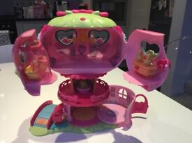 My-Little-Pony-Ponyville-Pinkie-Pie-Balloon-House-Playset-by-Hasbro plus 4 ponies and kit