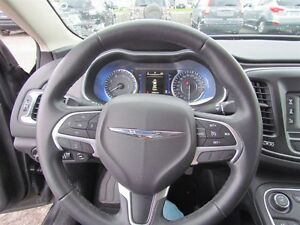2016 Chrysler 200 Limited | ONE OWNER | HEATED SEATS | SAT RADIO London Ontario image 9