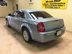 2009 Chrysler 300 Touring  Annual Clearance Sale! Windsor Region Ontario image 3