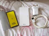 LG G5 spare battery and battery charger