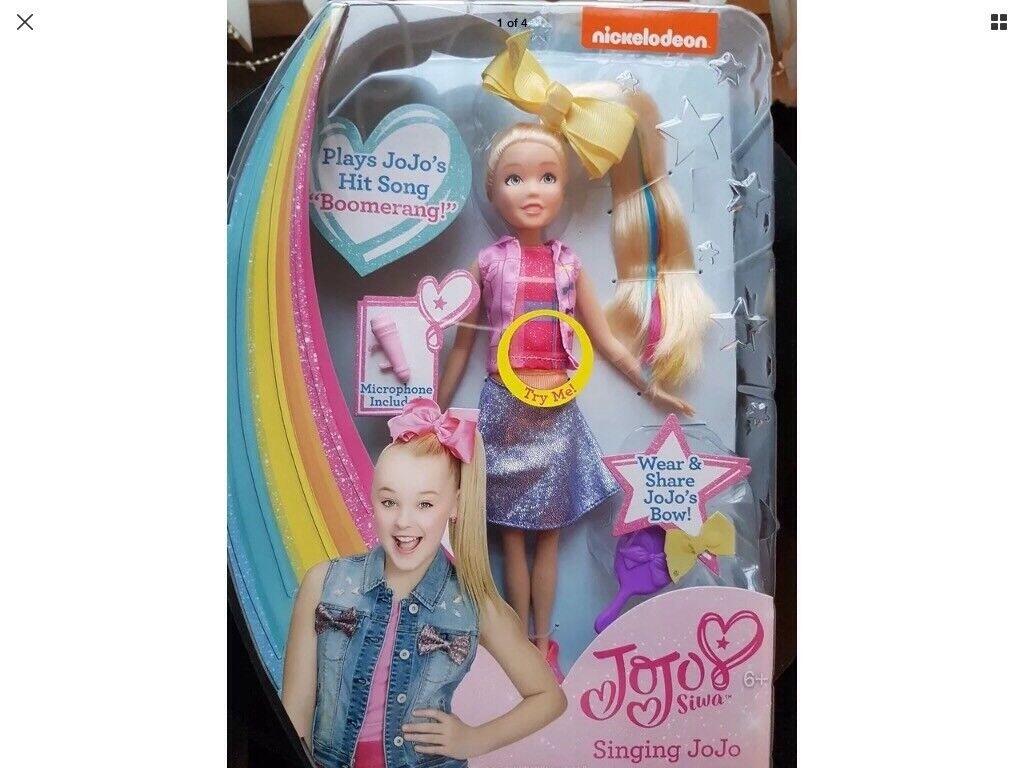 Jo Jo Siwa singing doll £35