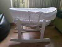 White Moses Basket rocking stand