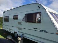 Fixed bed caravan