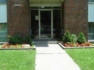 Chateau Brock Apartments - 1 bedroom Apartment for Rent Windsor Region Ontario image 1