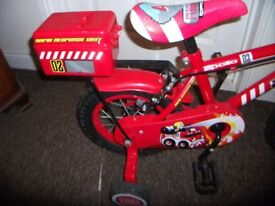 boys fire chief bike with stabilisers