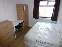 LOVELY SINGLE ROOM WITH DOUBLE BED TO RENT IN EAST ACTON - CENTRAL LINE ZONE 2
