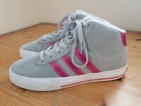 Adidas Neo Hi Top Trainers Girls Size 5 UK Grey and Pink. HARDLY WORN